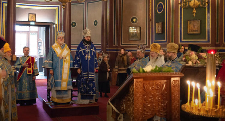 Храм Христа Спасителя в Аньере